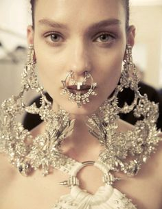 Givenchy haute couture s/s 2012 backstage