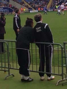 TEAM NIALL ... Why do I like this picture so much?! Harry's little half up do! *_*