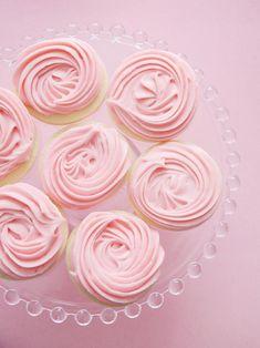 30 wedding desserts you can make yourself mini donuts mini donut 42 valentines day recipes solutioingenieria Gallery