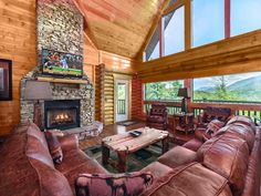 If you're not convinced a log home in the Great Smoky Mountains can be luxurious, that's because you've never been to Dreamscapes.