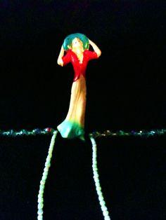 Model on bead runway