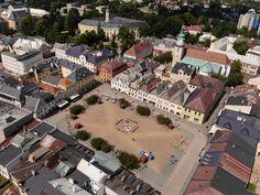 Zapewne niewielu z Was słyszało wcześniej o Bruntalu. To czeskie miasto położone jest niecałe trzydzieści kilometrów od polskiej granicy. Pewnie sami nieprędko byśmy tu trafili gdyby nie to, że Bruntal jest miastem partnerskim Opola! Oba miasta dzieli jakieś półtorej godziny jazdy samochodem, więc czemu by nie odwiedzić także i Czech?