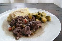 Paleo Herby Wine Beef - Crock Pot