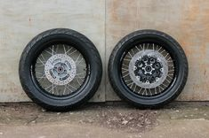 Seven Fifty cafe-racer. Wheels: spokes and rims. Part 2. – Gazzz garage