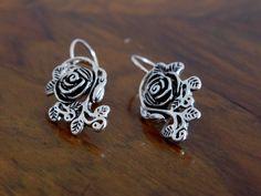 Rosen Ohrringe aus Silber
