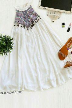 Stylish Dress Designs, Stylish Dresses, Cute Dresses, Casual Dresses, Indian Designer Outfits, Indian Outfits, Designer Dresses, Indian Fashion, Boho Fashion