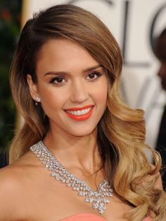 Romantic Hair Ideas- Jessica Alba looks gorgeous on the red carpet in soft curls and ombre hair!