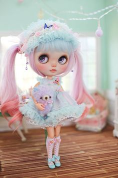 THEME!!!!! RAUGHH...Juju'sBlythe outfit the rainbow beside the by MidsummerCircus