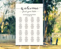 Welcome Wedding Seating Chart Template in FOUR por CrossvineDesigns