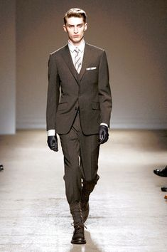 The Three-Piece Suit Comes Back into Fashion - WSJ