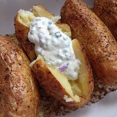 Als Kind mochte ich sie gar nicht, heute liebe ich sie in allen Varianten: Kartoffeln! Vielleicht lag es daran, daß es sie Zuhause meist al...