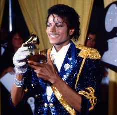 Dedicated to King of Pop Michael Jackson Bad Era, Michael Jackson Thriller, Mike Jackson, Jackson Family, King Of Kings, My King, Jazz, The Jacksons, King Of Music