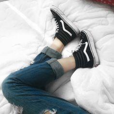 Vans, jeans, destroyed, style, sneaker, clean, street