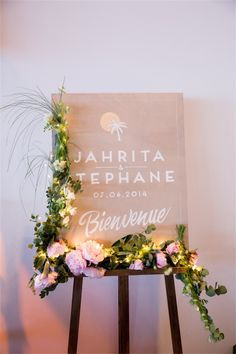 faire part surf style Wedding Prep, Rustic Wedding, Wedding Planner, Dream Wedding, Wedding Day, Wedding Table Seating, Romantic Themes, Wedding Decorations, Table Decorations