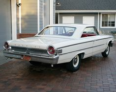 Images of Ford Galaxie 500 Factory Lightweight 1963 American Classic Cars, Ford Classic Cars, American Muscle Cars, Vintage Cars, Antique Cars, Ford Lincoln Mercury, Ford Shelby, Ford Fairlane, Us Cars