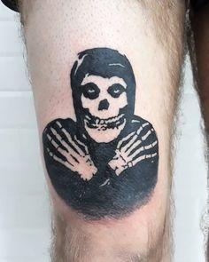 Skull Tattoos, Leg Tattoos, Black Tattoos, Body Art Tattoos, Tattoo Drawings, Tattos, Sleeve Tattoos, Design Tattoos, Tattoo Designs