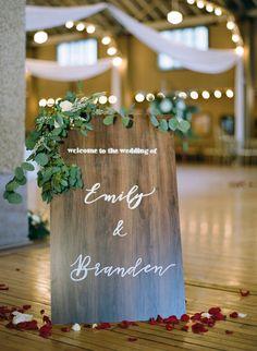 Winter Wedding Inspiration, Boho Wedding , The McCartney's Wedding Photography, Burgundy Wedding, Protea Bouquet, Wisconsin Wedding, Rothschild Pavilion Wedding. Wedding Signs