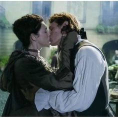 Jamie and Claire, the day of their big dinner, as she departs to help at le hopital.
