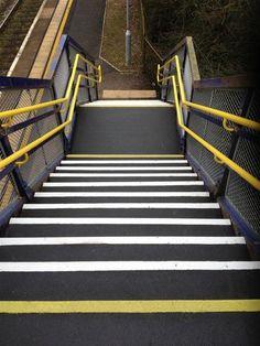 Suregrp4rail non slip and dda handrails for rail industry - Part 2