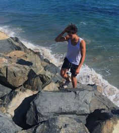 pinterest: @jessvergeest Surfer Boys, Surfer Dude, Dylan Jordan, Foto Instagram, Cameron Dallas, Perfect Boy, Male Poses, Beach Babe, Under The Sea