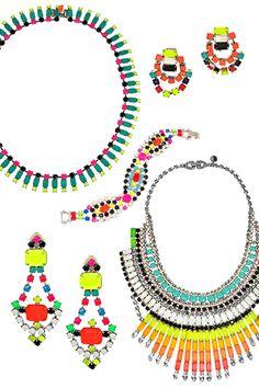 My new favorite jewelry designer- Tom Binns Neon Jewelry, I Love Jewelry, Jewelry Box, Jewelery, Fashion Jewelry, Rhinestone Necklace, Diy Necklace, Tom Binns, Colourful Outfits