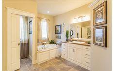Bathroom Photo Gallery || Modular Home Bathrooms | Modular Home Manufacturer - Ritz-Craft Homes - PA, NY, NC, MI, NJ, Maine, ME, NH, VT, MA, CT, OH, MD, VA, DE, Indiana, IN, IL, WI, WV, MO, TN, SC, GA, RI, KY, MS, AL, LA, Ontario