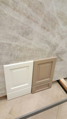 Brookhaven Alpine white and glazed Latte with Taj Mahal quartzite.