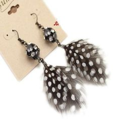 Retro brand Rhinestone Black and White Feather Earrings DC8E501 $2.00