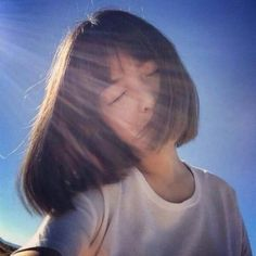 MORE PICTS You can also see more ideas about summer hairstyles with headbands , summer hairstyles balayage , summer hairstyles boho , summer. Girl Short Hair, Short Girls, Korean Girl, Asian Girl, Mode Ulzzang, Shot Hair Styles, Foto Casual, Uzzlang Girl, Portrait