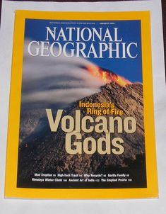 NATIONAL GEOGRAPHIC MAGAZINE JANUARY 2008 - VOLCANO GODS Why Recycle, National Geographic Cover, World Photography, Ancient Art, Volcano, 2000s, January, God, Dios