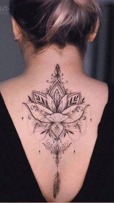 Back Tattoo Women Upper, Upper Back Tattoos, Spine Tattoos For Women, Woman Back Tattoos, Ladies Back Tattoo, Women Sternum Tattoo, Ladies Tattoos, Lower Back Tattoo Designs, Samoan Tattoo