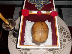 """Persistent Frontal Suture is found all over the world. Many times the skulls belonged to people who were non-Orthodox and even non-Christian. It's not an exclusive orthodox miracle """"testifying to one's holiness. Miracle Stories, Sign Of The Cross, Holi, Skulls, Christian, Times, People, Holi Celebration, People Illustration"""