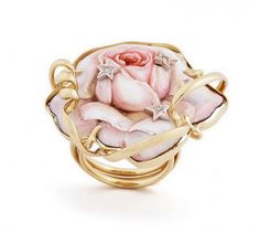 Rose Ring made of Enamel, Gold and Diamonds by Gabriella Rivalta