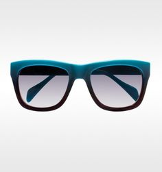 The fashion world is all over the ombre effect! This gradient can be found in these Derek Lam frames.