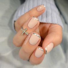 nice Silver tip nails idea for natural nails. French Tip Nail Designs, French Tip Nails, Nail Art Designs, Nails Design, Bad Nails, Cute Nails, Pretty Nails, Silver Tip Nails, Silver French Manicure