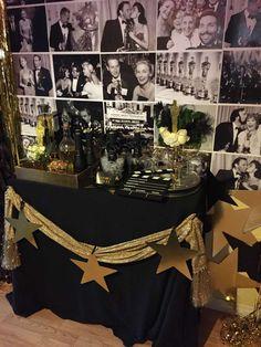 Oscar Party Award Show/ Oscars/ Academy Awards Party Ideas Hollywood Birthday Parties, Hollywood Theme Party Food, Old Hollywood Party, Hollywood Night, Deco Cinema, Hollywood Decorations, Oscar Academy Awards, Red Carpet Party, Quinceanera Party