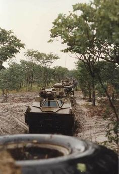 SADF 61 Mech Ratel 90 in convoy during the Border War circa Once Were Warriors, South African Air Force, World Conflicts, Army Day, Defence Force, Army Vehicles, Tactical Survival, Military History, Soldiers