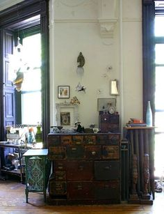 House and studio of Ann Wood. The chest of drawers was part of her father's workshop. (Interview on Design*Sponge) Furniture Inspiration, Interior Inspiration, Ann Wood, Piece A Vivre, Bohemian Interior, Lofts, Home Projects, Decoration, Home Interior Design