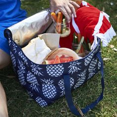 Navy Pineapples Square Cooler Bag – Liddy Lifestyle  .  .  .  #picnicrecipes #whattopackonapicnic #picnicideas #coolerbags