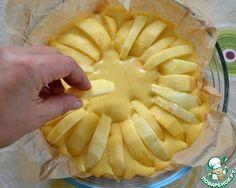 """Воодушевленная тем, что нашла столько любителей и поклонников яблочной выпечки, как и я, решила поделиться с вами еще одним простым и вкусным рецептом яблочного пирога!!!        Ингредиенты для """"…"""
