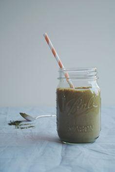 Smoothie au thé matcha, bananes et sirop d'érable | Meg&Cook