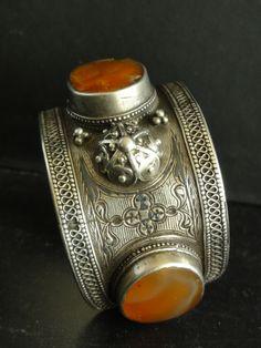 ☮ American Hippie Bohéme ☮   Boho Jewelry ☮ Silver cuff with carnelian, Daghestan lt 19th c Singkiang archives