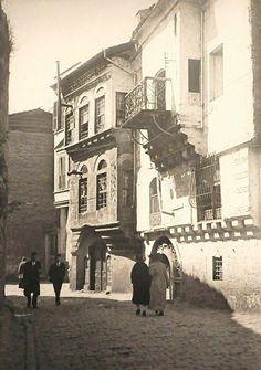İstanbul, Fener evlerinden iki örnek.