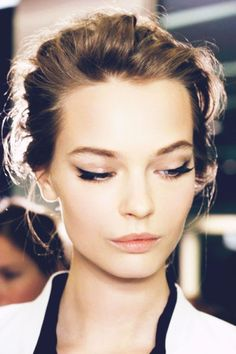 Winged liner. #beauty