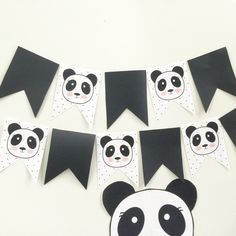 ideas for baby shower ideas for girs diy games first birthdays Panda Party, Panda Themed Party, Panda Birthday Party, Bear Party, Bear Birthday, Birthday Party Themes, Fete Emma, Panda Baby Showers, Panda Decorations