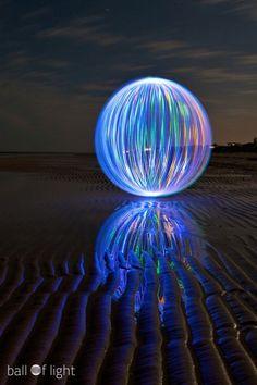 Ball of Light - Denis Smith Photography    ::: denissmith.com.au