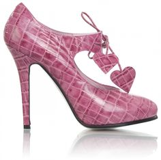 Minna Parikka Jaqueline berry. Anyof my @shoesisters gals want these?   www.shoesisters.net