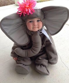 Cute baby Halloween costume ideas 2014 in different style to make at home. Make character or animal costume for your baby this halloween Little Babies, Little Ones, Cute Babies, Baby Kids, Baby Boy, Kids Girls, Halloween Bebes, Toddler Halloween, Baby Humor