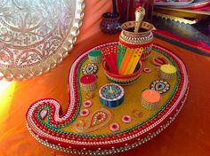 Mehndi Plates Uk : Beautiful pink and orange mehndi plates with matching oil pot see