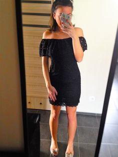 Witam serdecznie. Dziś mam na sprzedaż  śliczną sukienkę czarną koronkową z falbanką!! Sukienka jest nowa, jednak nie posi...